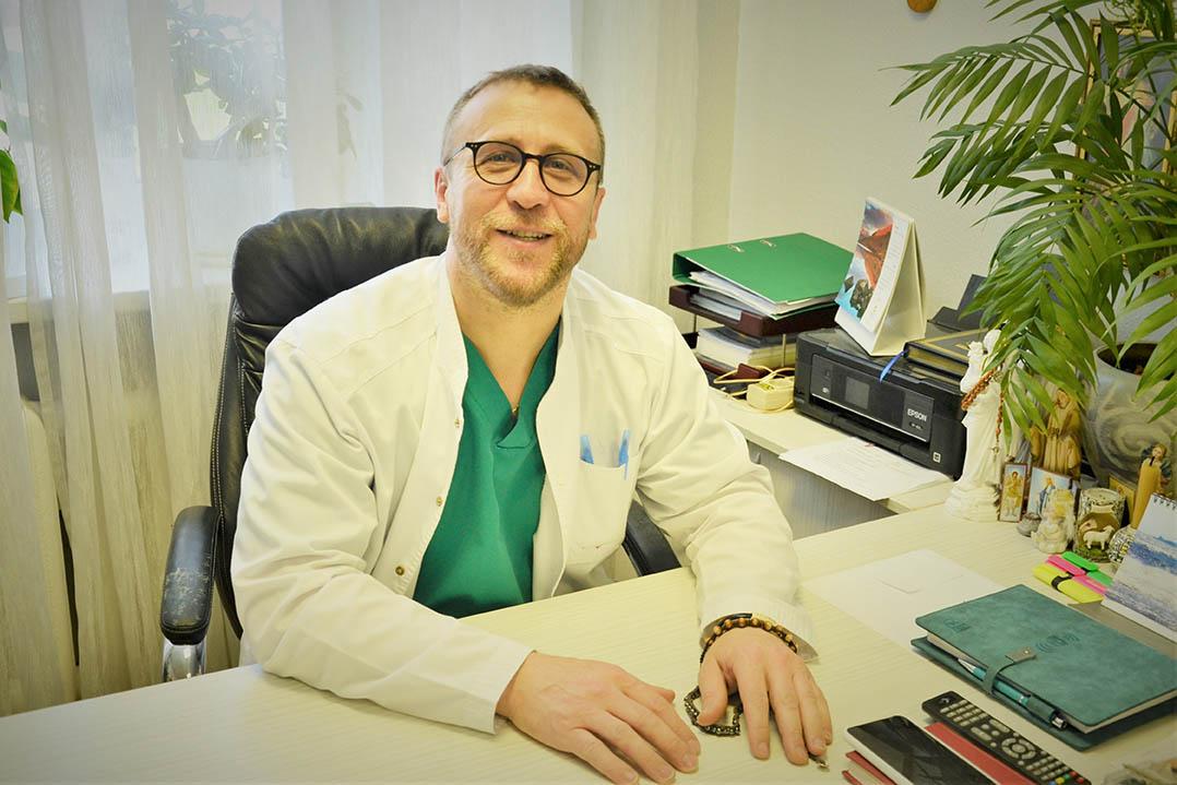Яворський Іван Іванович – лікар – хірург вищої кваліфікаційної категорії.